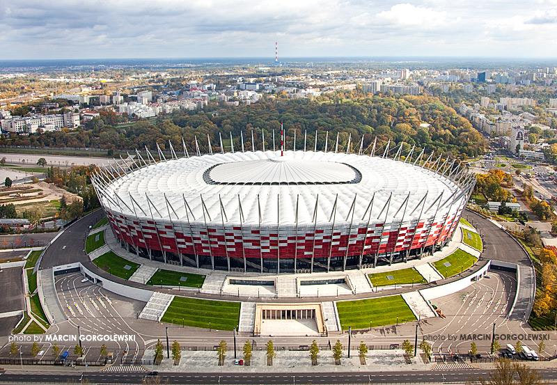 stadion narodowy,warszawa zlozony dach